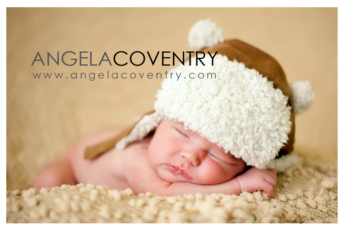 rochester hills newborn in hat